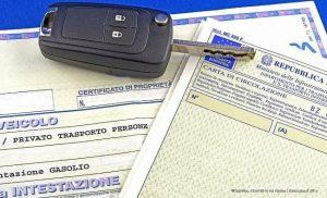 Read more about the article Passaggio di Proprietà Auto in Agenzia