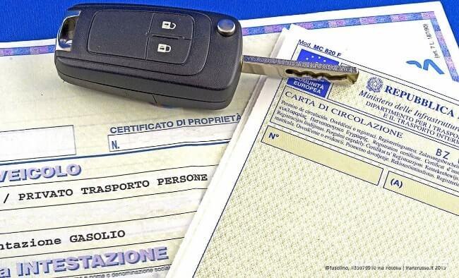 You are currently viewing Passaggio di Proprietà Auto in Agenzia